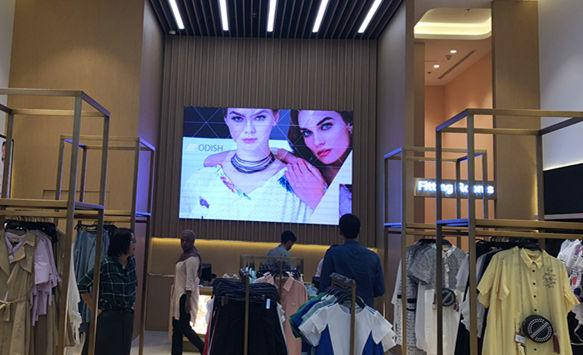 P2.5 Digital LED Video Wall in The Dubai Mall